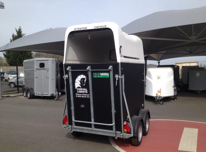 Van 1,5 places  sans permis EB cheval liberté GT1 arrière