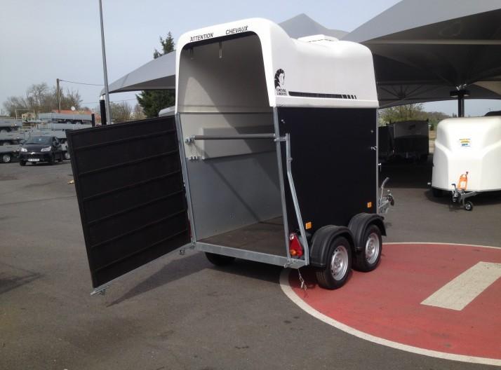 Van 1,5 places  sans permis EB cheval liberté GT1 porte